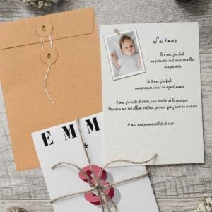 Cartes 1ère année bébé personnalisée avec son prénom Barcelona verso