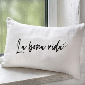 Coussin_lin_naturel_blanc_texte_belle_vie_noir